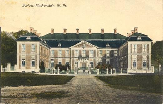 Le château vers 1908 – Côté cour