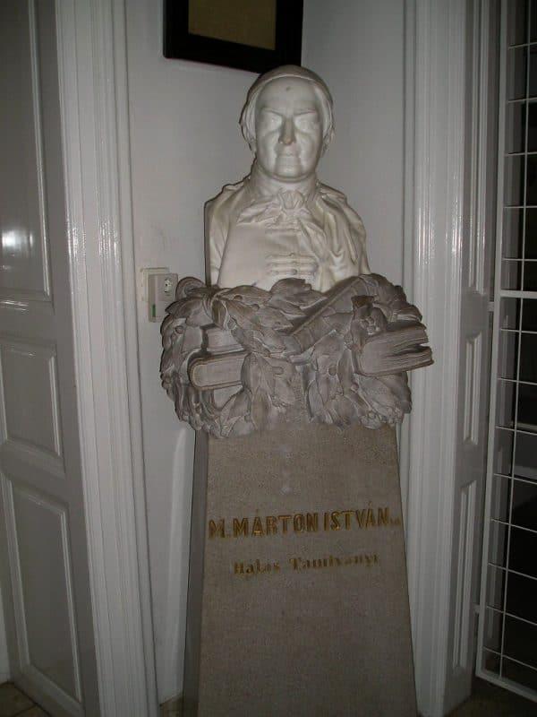 Statue de Márton István Mándi