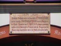 Plaque commémorative de la capitulation du général Bisson